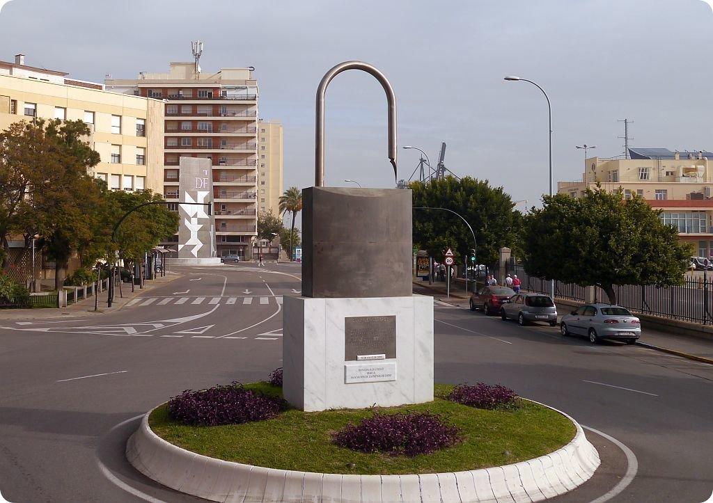 Roundabout lock